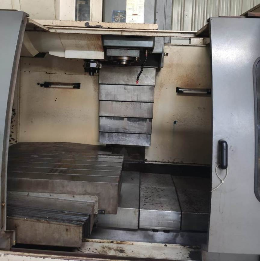 imported-vertical-machining-centre-