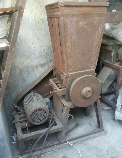 Used Plastic Dana Grinding Machine