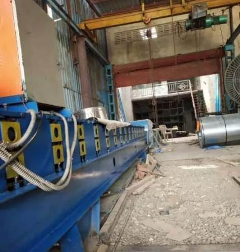 roll-forming-machine-