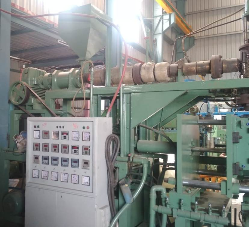used-blow-moulding-machine-