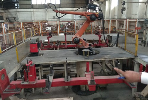 used-industrial-robots-