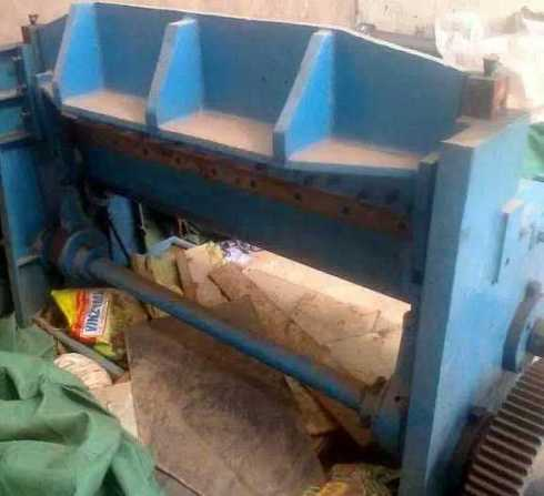 Mechanical Shearing Machine 4 Feet