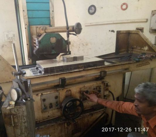 used-surface-grinder-machine-