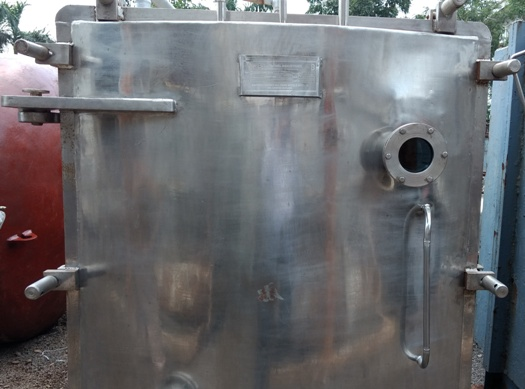 used-vacuum-tray-dryer-